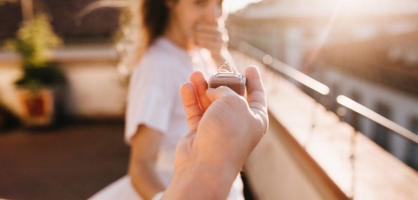 anillo-compromiso-diamantes